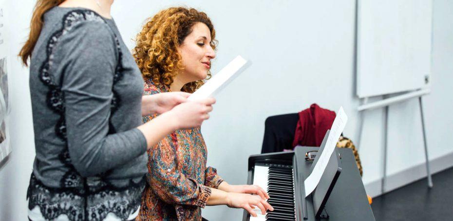 folk and world music singing course city academy by lara eidi