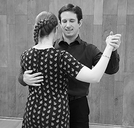 Jean-Sébastien in a Tango Class